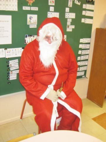 IMG_3191 dans - 08 - Le Père-Noël dans la classe